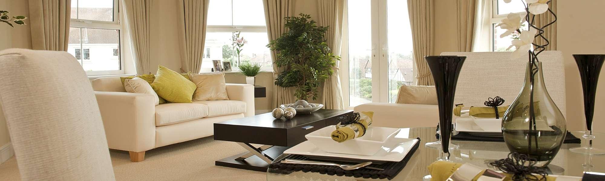 thumb_sorl_white-lounge-banner_jpg_2000x600_crop_upscale_sharpen_q60